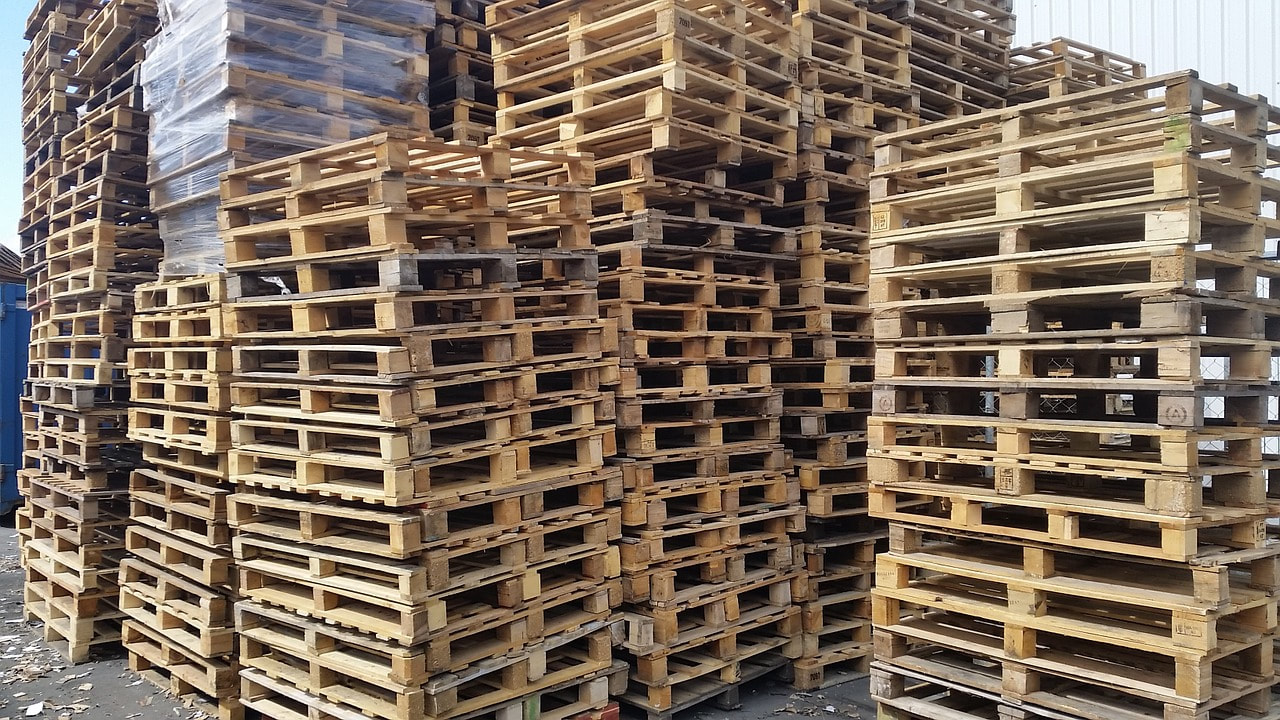 Pallet stacks ready for return program