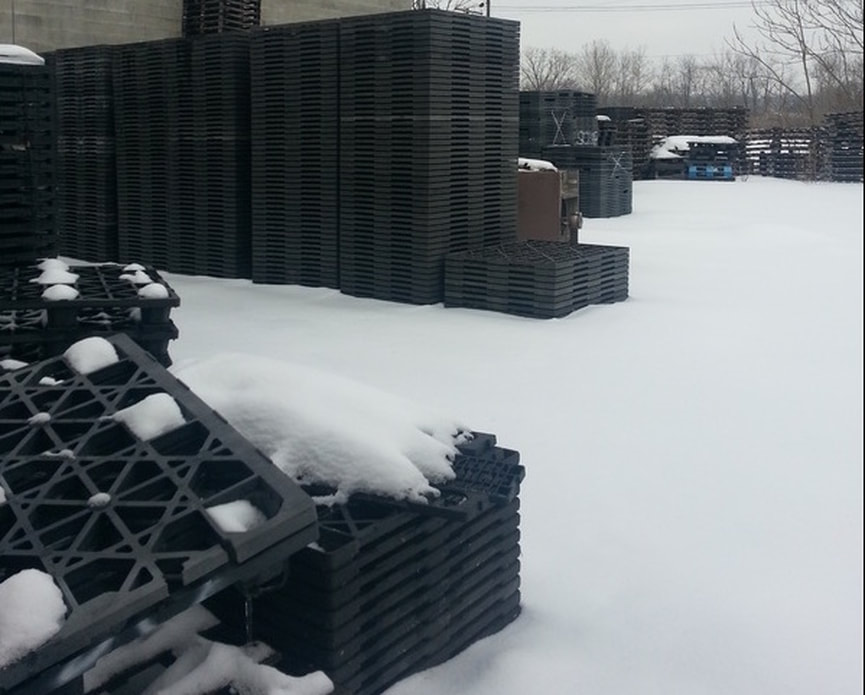 plastic pallets in snow