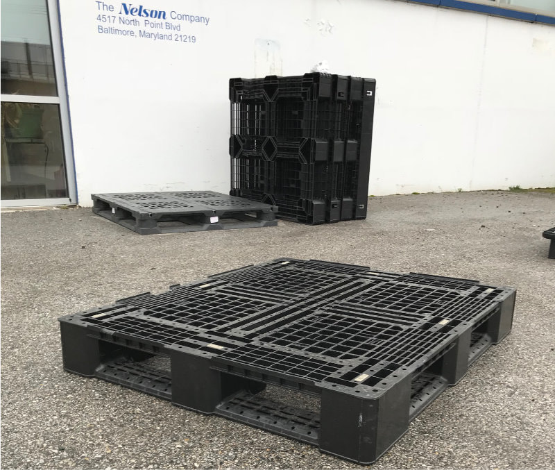 used plastic pallets at Nelson Company